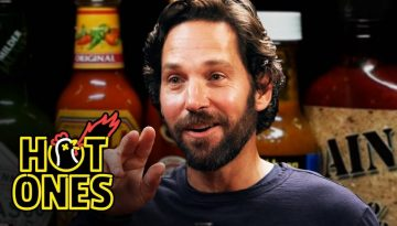190913-CPX Hot Ones Paul Rudd